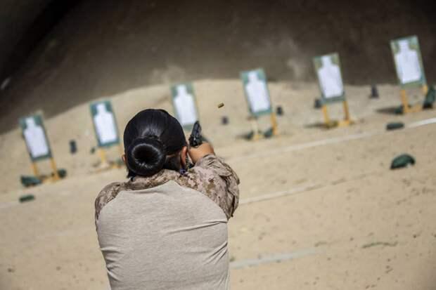 Власти Кувейта разрешат женщинам служить в армии