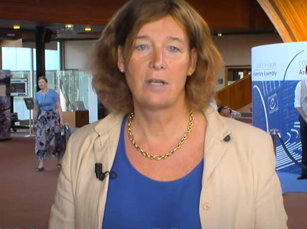 Вице-премьером Бельгии впервые стала женщина-трансгендер