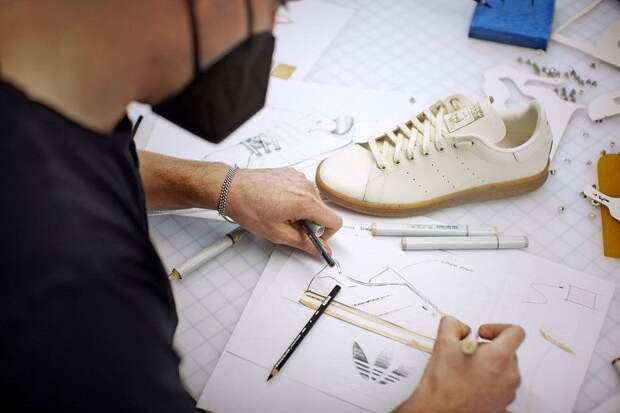 Adidas показал кроссовки из «грибной кожи»