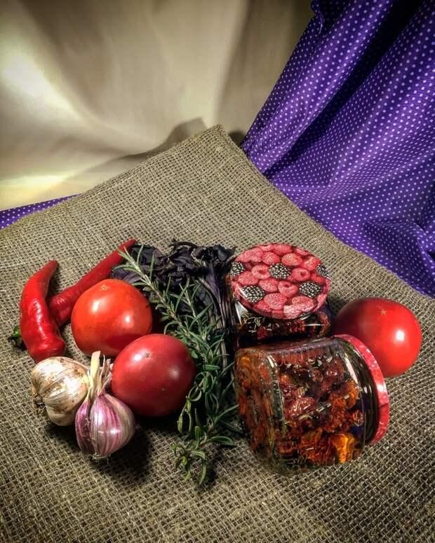 Вяленые томаты с морской солью в духовке Вяленые томаты, Помидор, Заготовки, Закатки, Сушеный помидор