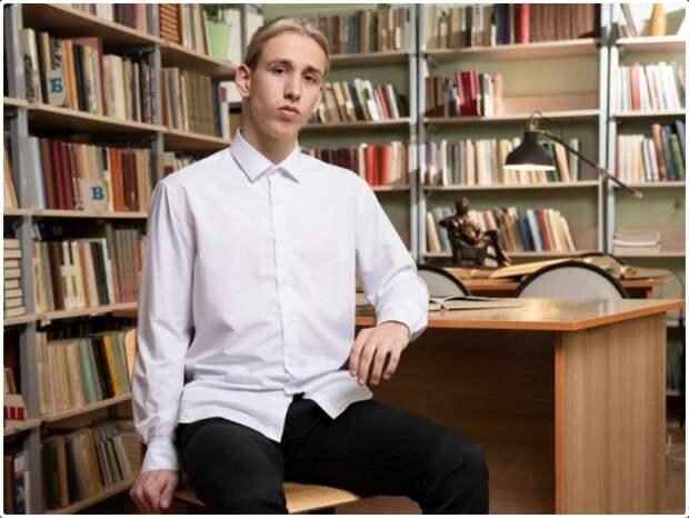 Выпускники ангарской школы № 10 стали единственными в регионе стобалльниками по профильной математике