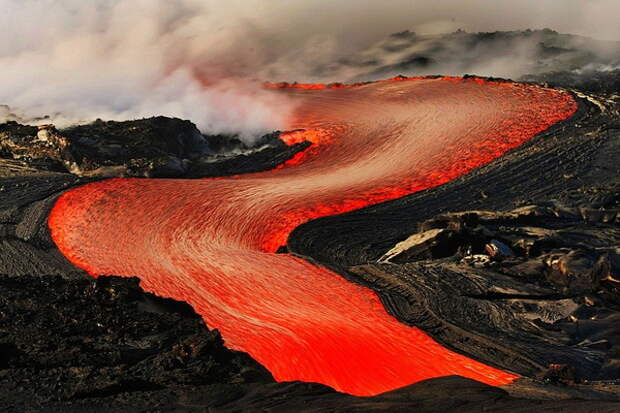 Вряд ли вам удастся убежать от потока вулканической лавы. 5 коротких фактов о природе