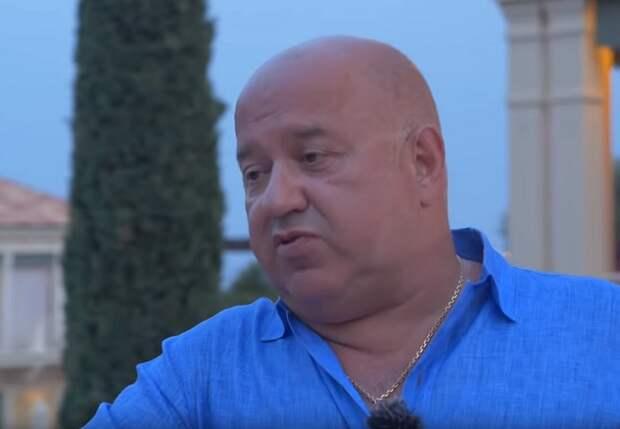 Агент СЕЛЮК: Дело не в Семаке - мне смешно видеть скамейку, где у него 20 помощников. Не удивлюсь, если теперь «Зенит» проиграет еще и «Химкам»