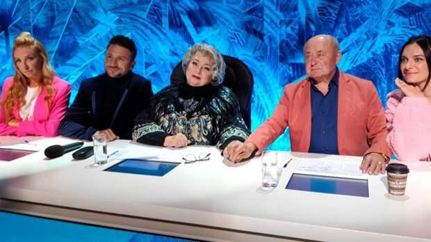 «Наше первое в этом сезоне жюри». Тарасова опубликовала фото с Навкой, Мишиным, Исинбаевой и Лазаревым