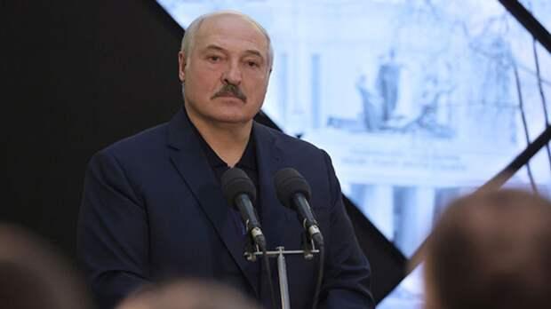 Средний сын Лукашенко попал под санкции Евросоюза