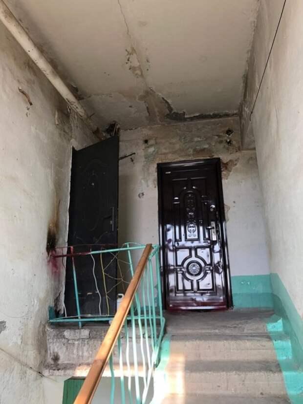 Сиротам в Крыму выдали квартиры без отопления и с плесенью