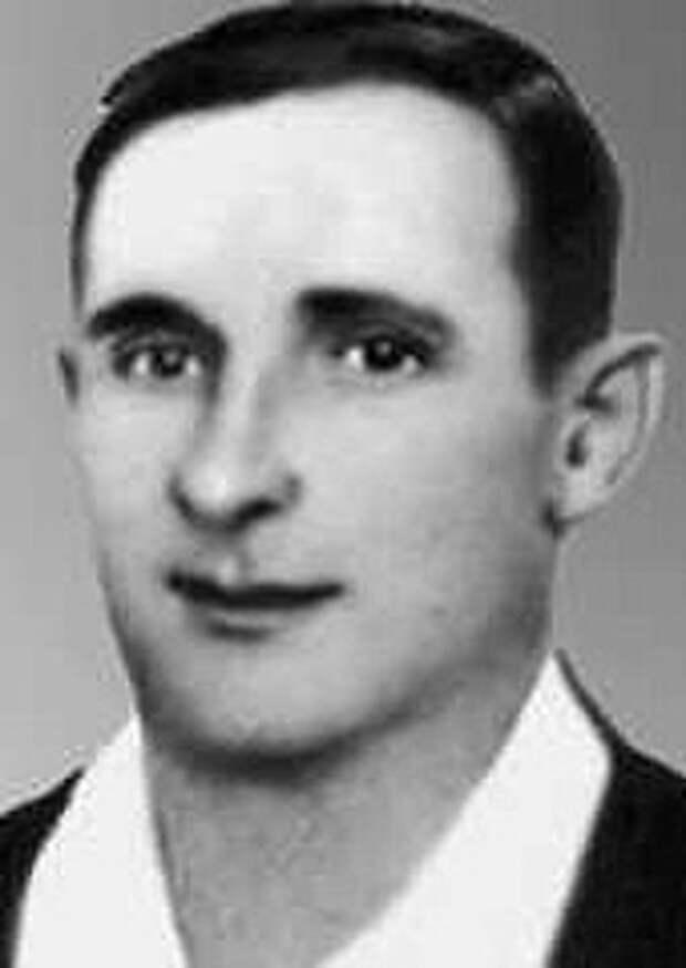 Четыре боевых ордена бывшего хулигана за август 44-го года