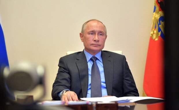 Почему Путин такой не…понятный?