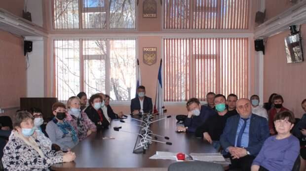 В Госкомнаце Крыма прошла презентация документального фильма, посвященного династии крымчаков семьи Ачкинази