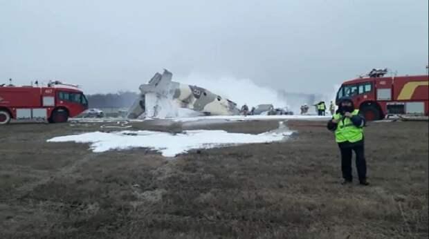 Три основные версии крушения военного самолета рассматривают в Казахстане