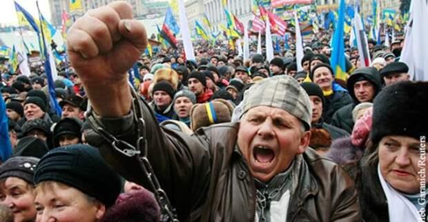 Россию и СССР обвинили в «оглуплении» украинцев