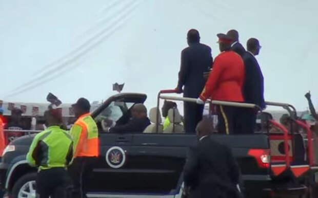 Президент Намибии похвастался своим кабриолетом УАЗ Патриот