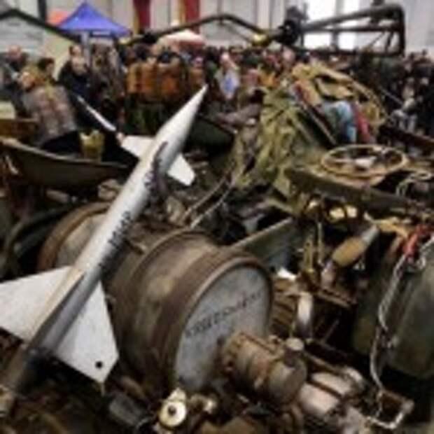 Самый большой мотоцикл в мире имеет двигатель от танка