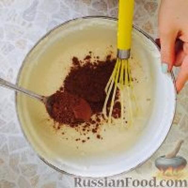 """Фото приготовления рецепта: Кефирный торт """"Деревенский"""" - шаг №9"""
