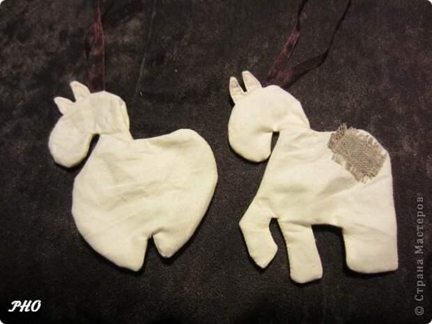 Как сшить лошадку - символ 2014 Нового года. Мастер-класс (12) (520x390, 100Kb)