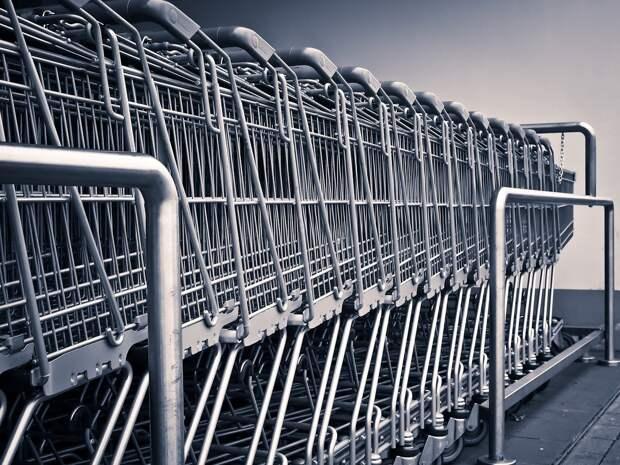 Кабмину поручили заняться снижением цен в продовольственных торговых сетях