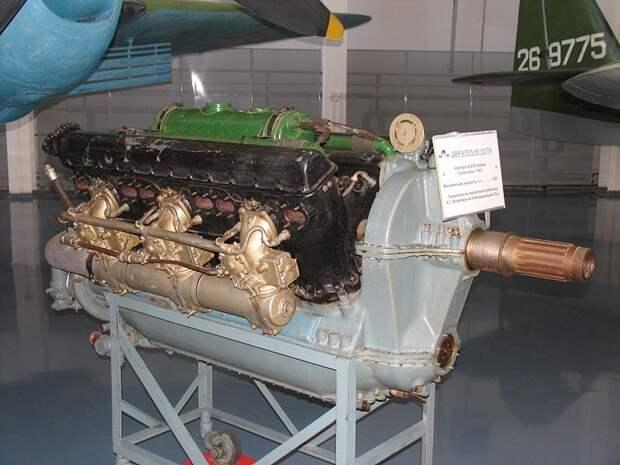 Пе 2 – бомбардировщик или истребитель?