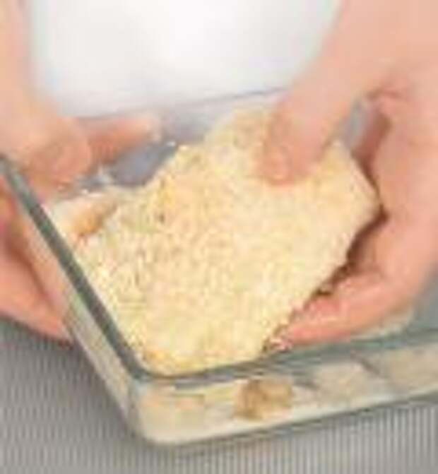 Конвертики из молодой капусты с сыром. Шаг 3