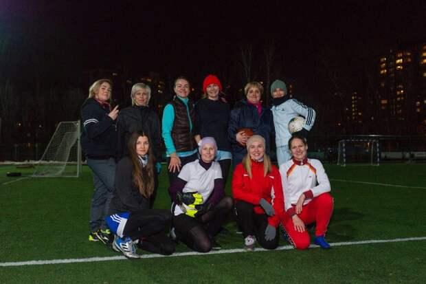 Женская футбольная команда из Свиблова вышла в плей-офф чемпионата «Меняй игру!»
