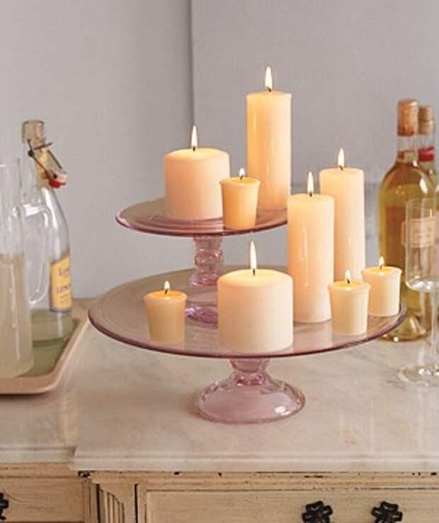 Свечи на торте стенд