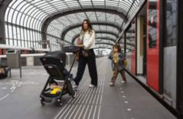 Появилась детская коляска, которую можно брать на борт самолета