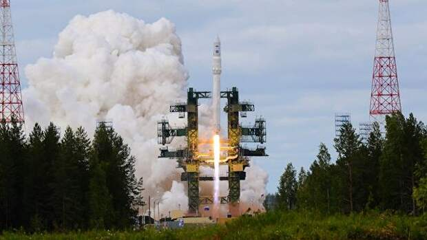 Ракета космического назначения легкого класса Ангара-1.2ПП во время старта на космодроме Плесецк