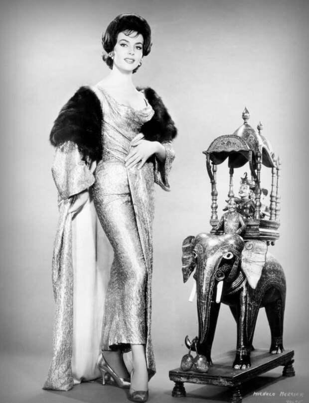 """Мишель Мерсье в промо фотосессии к фильму """"Большое дело"""" 1963 год."""