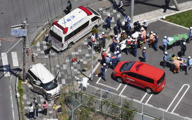 Автомобиль сбил колонну двухлетних детей. Просто кошмар