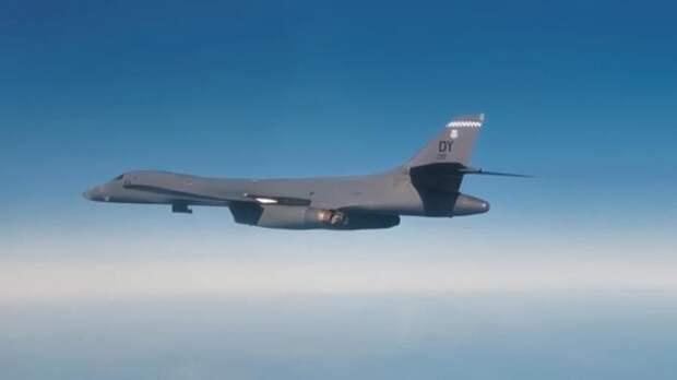 Российский самолет перехватил бомбардировщики США над Беринговым морем