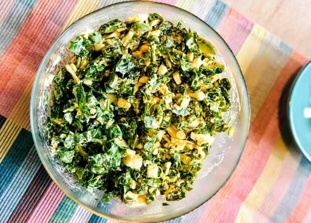 """Как приготовить весенний салат с щавелем. Рецепт. Фото © Дзен канал """"Вилка. Ложка. Палочки"""""""
