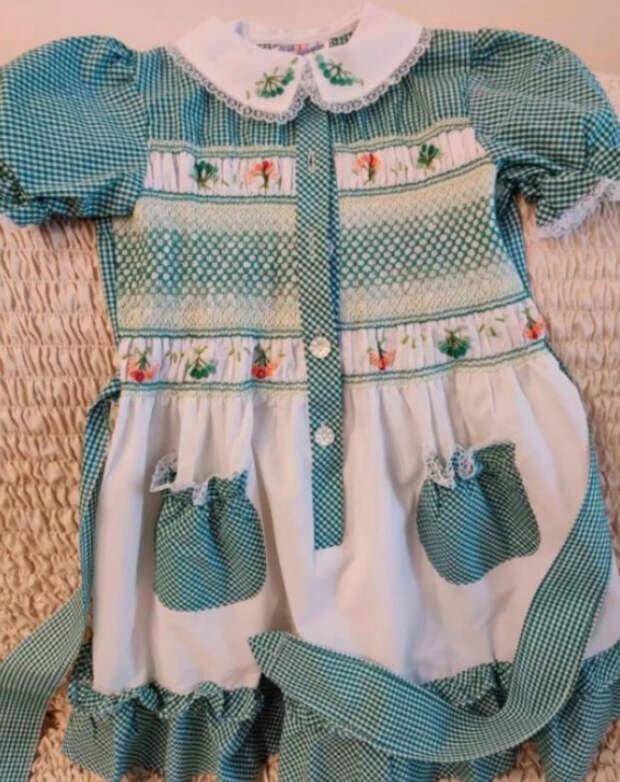 Платья «Дружба», в которых маленькие советские девочки превращались в принцесс
