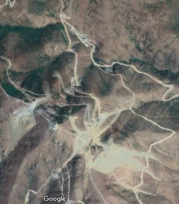 Экс-глава аппарата Белого дома заработает на золоте с территорий Карабаха