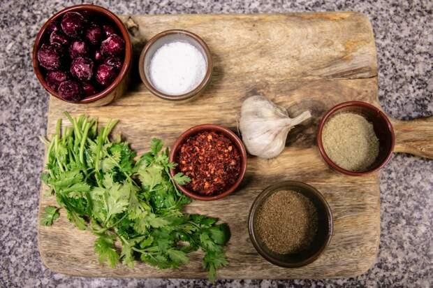Цыпленок в вишнёво-чесночном соусе: пошаговый фото-рецепт