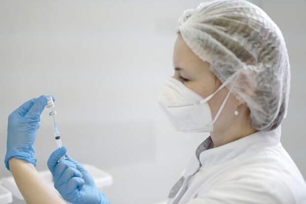 На Кубань завезли порядка 50 тысяч доз вакцины от COVID-19