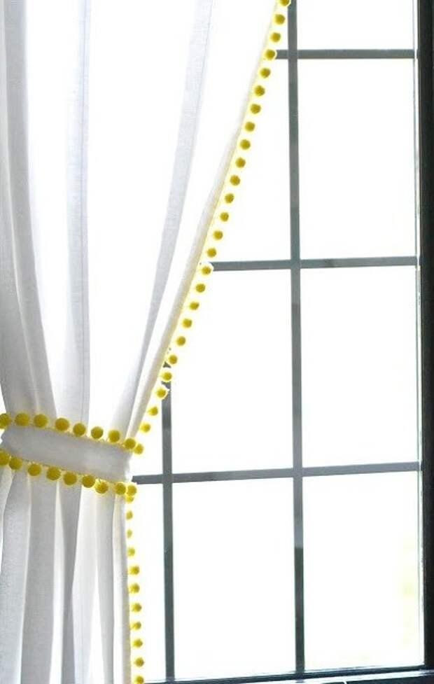 Простые переделки белых штор (подборка)