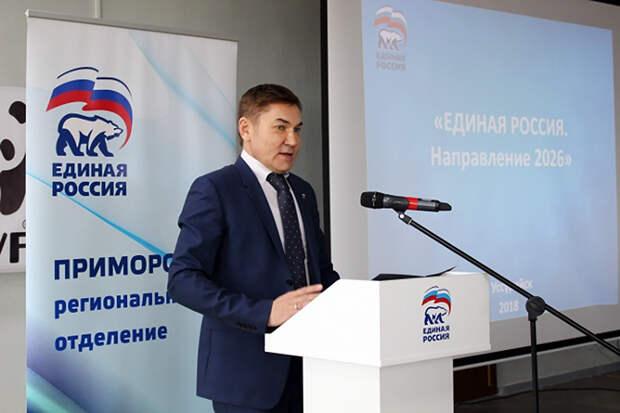 Выбросившего канистру на обочину депутата исключат из «Единой России»