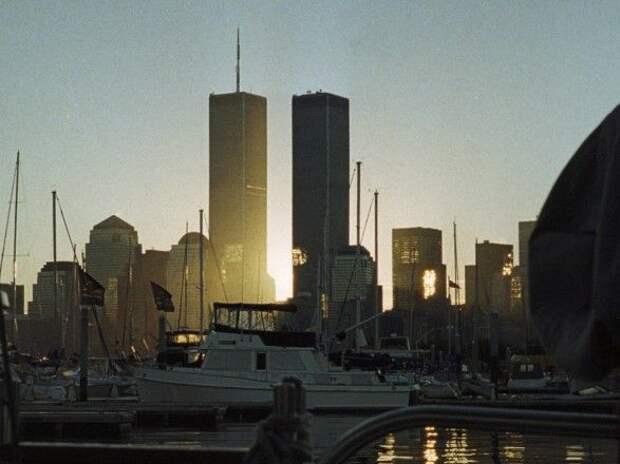 102 минуты изменившие мир: в США вспоминают жертв самых кровавых терактов в истории