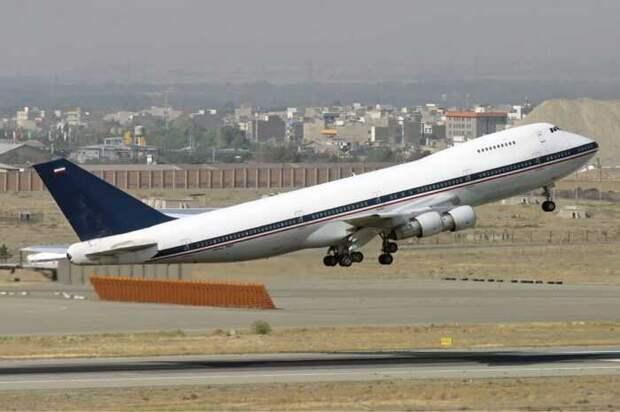Иран начал переброску военных грузов в Сирию через российскую базу «Хмеймим»