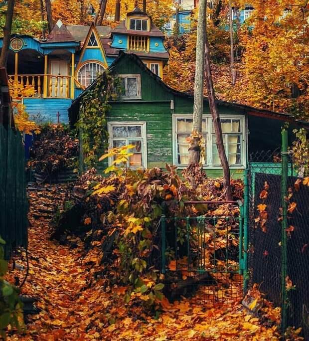 Рыбачий поселок в золотую осень (Pikabu by Pupsikan4ik)