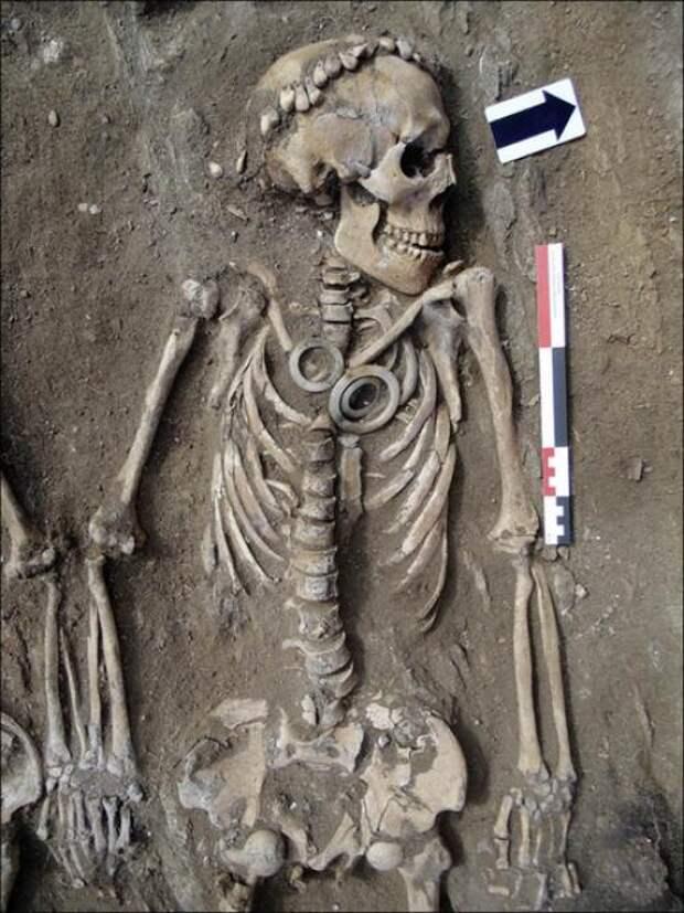 Загадочные кольца в сибирском захоронении