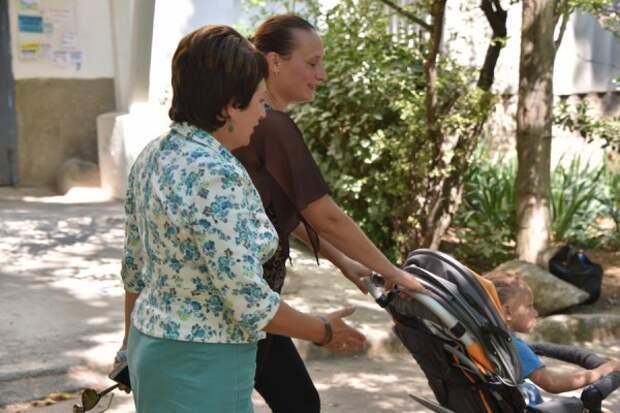 Как Алтабаева и Щербакова «падают на хвост» губернатору и Правительству