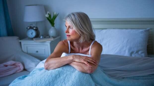Сколько нужно спать работающей женщине за 50, чтобы выглядеть бодрой и привлекательной