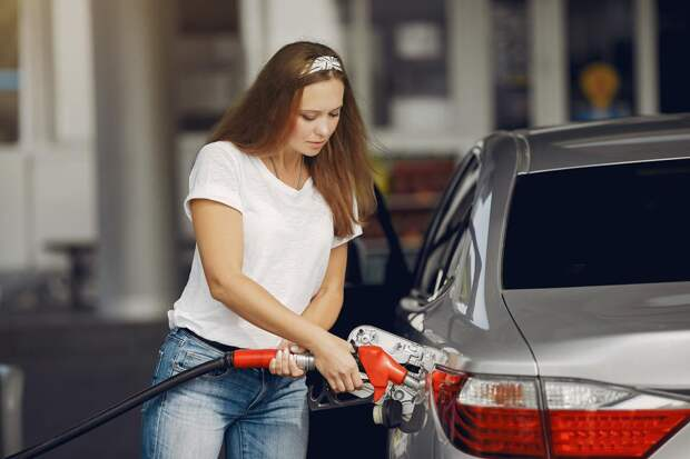 Стало известно, как изменятся цены набензин вслучае отмены демпфера