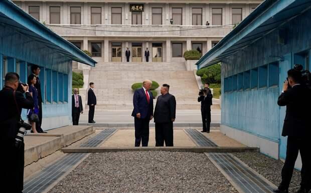 Трамп – Ким: экспромт-шоу ради фотографий или Нобелевской премии?