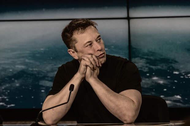 Илон Маск отказался прививаться от коронавируса