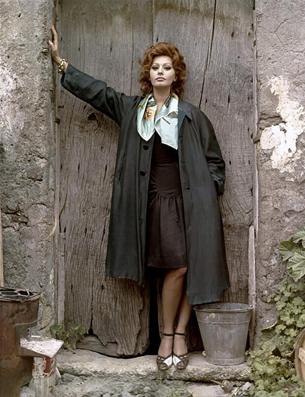 И вот она нарядная: вдохновляемся образами известных итальянок из фильмов