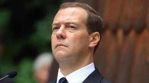 Второе пришествие Медведева? А почему бы нет?