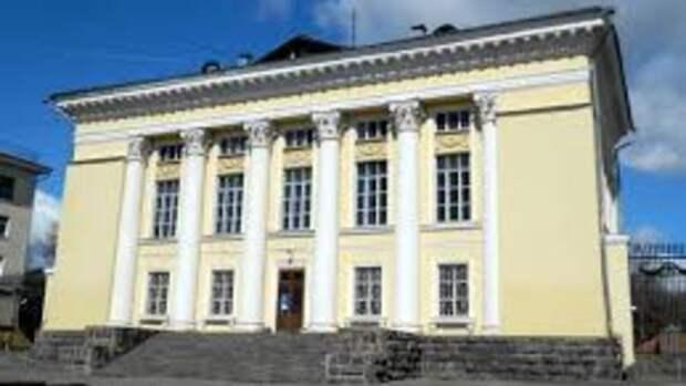Реконструкцию Нацбиблиотеки Удмуртии завершат в марте 2021 года