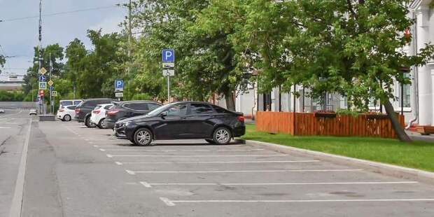 В первом полугодии москвичи купили у города около 700 машино-мест со скидкой 40%