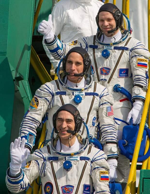 Анатолий Иванишин, Иван Вагнер, и американец Кристофер Кэссиди Фото: REUTERS